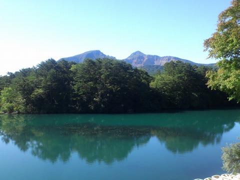 0会津磐梯山と五色沼.jpg